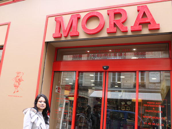 Mora for baking apparatus